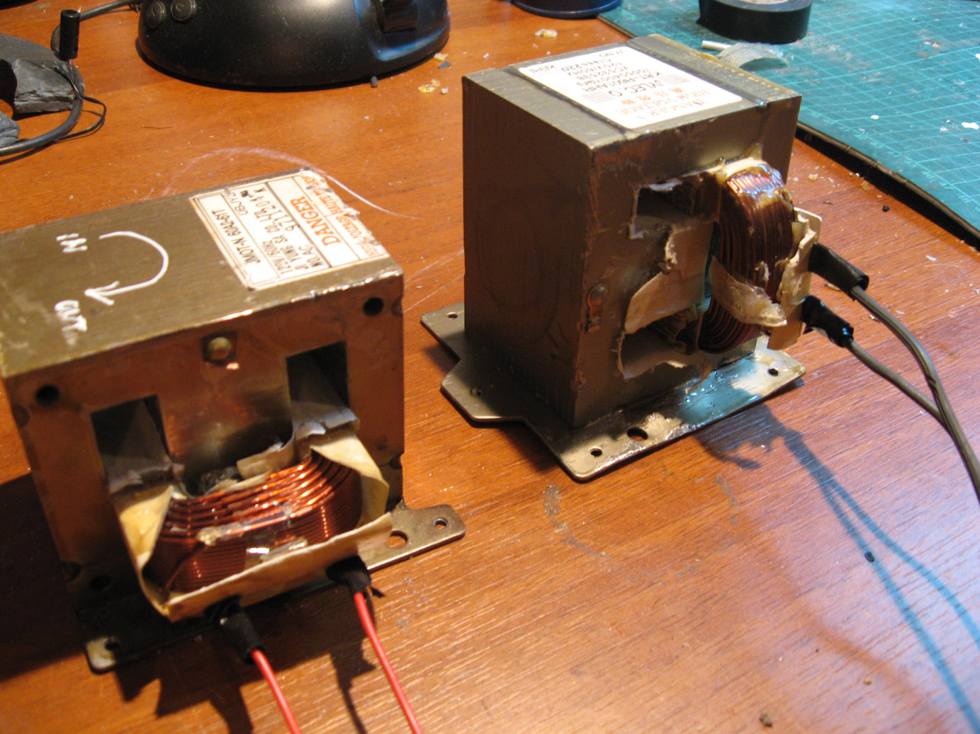 Diy Mods Hacks Projects And News Electronic Simple Tutorial Salvaging Rebuilding Microwave Transformers